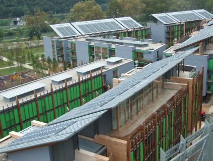 The modules are placed on the most of the district buildings as a unifying element (FAR System Srl)