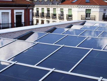 BIPV roof from the outside © Onyx Solar